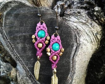 Tribal hippie macrame earrings. Crysocolla macrame earrings. Handmade macrame jewerly by Bella Marietta