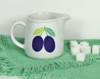 Arabia Finland Plum Creamer,  Small White Milk Pitcher w Purple Plums, Ceramic Cream Jug, 1960s Pomona Luumu, Kaj Franck, Raija Uosikkinen