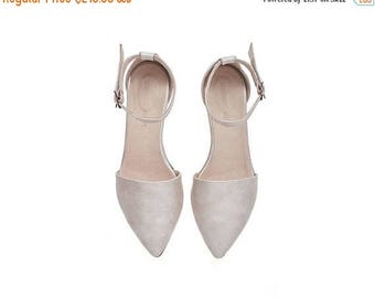 ON SALE Brides shoes, Pearl pink leather sandals, olivia, flat buckled sandals