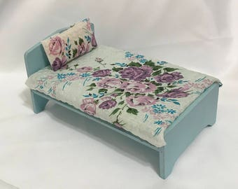 """Dollhouse Miniature 1"""" Scale Blue Bed with Floral Cover"""