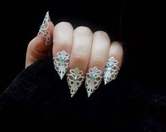 Finger Claw Nail Art Filigree Lace Armor Snow Queen Nail Jewelry