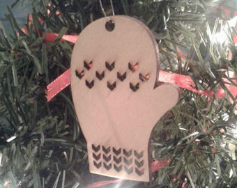 Wooden Christmas Ornament Mitten Ornament Winter Snow Tree Ornament Holiday Ornaments