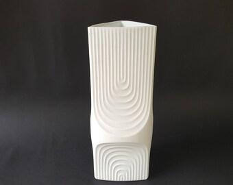 Tall Kaiser Porcelain Kerafina Op Art vase