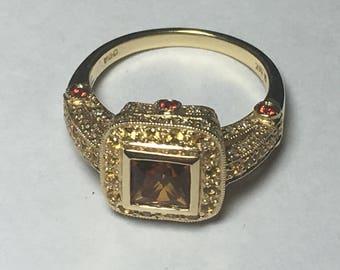 Vintage Ladies 0.25CT Diamond and Citrine Ring l 14KT Yellow Gold Diamond Ring