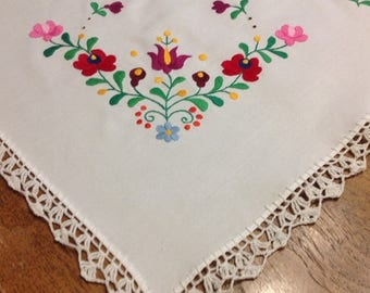 4th of July sale Beautiful  Table Scarf Doilie Embroidered with Crochet Edges