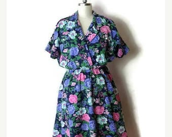 ON SALE Vintage  Floral Short sleeve Cotton Dress /Flare Dress from 1980's*