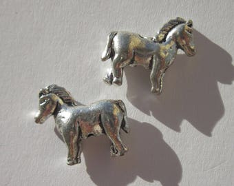 2 beads horse heavy silver metal 15 mm (2402)