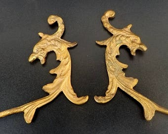 Pair antique dragon hooks curtain tie backs gilded bronze chimere / griffon wall hooks Victorian gothic home decor Game of Thrones