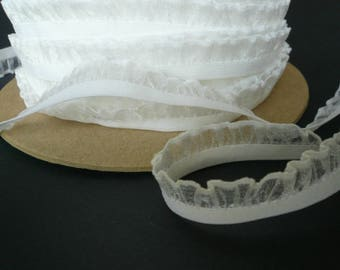 Bra / Knicker Making Elastic. White Frilly Edge. 5 - 15mm wide