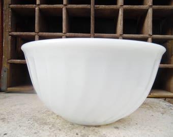 Fire King 8 inch mixing bowl, swirl pattern