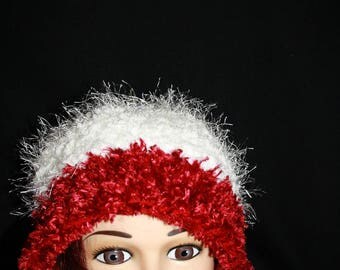 Hat fancy yarn (white and red)