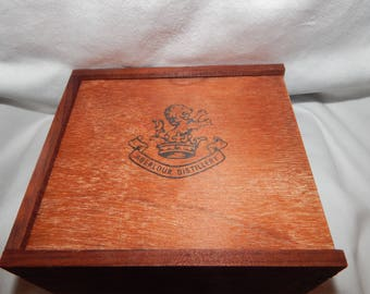 Vintage Aberlour Distillery Scotch Sample Box
