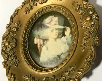 Cameo Creation Elizabeth Duchess Devonshire by J Reynolds Plaque Convex Glass Oval Frame Print