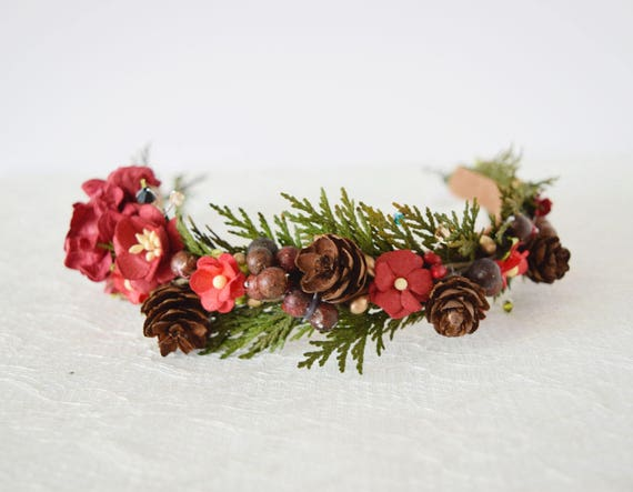 https://www.etsy.com/uk/listing/475914932/winter-wedding-flower-crown-flower?ref=shop_home_active_30