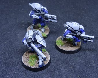 Tau Fire Warriors, Alien Trooper Sharpshooters for Warhammer 40,000. Hand Painted Miniatures from Games Workshop