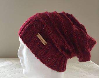 Red wool women slouchy handmade knitted beanie, red knit beanie, women knit hat, slouchy knitted beanie.