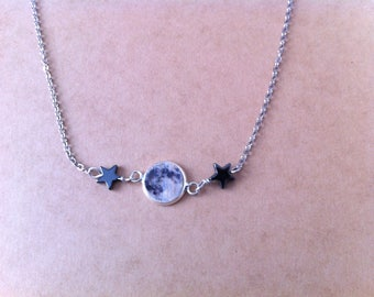 Necklace cabochon Moonstone and hematite stars