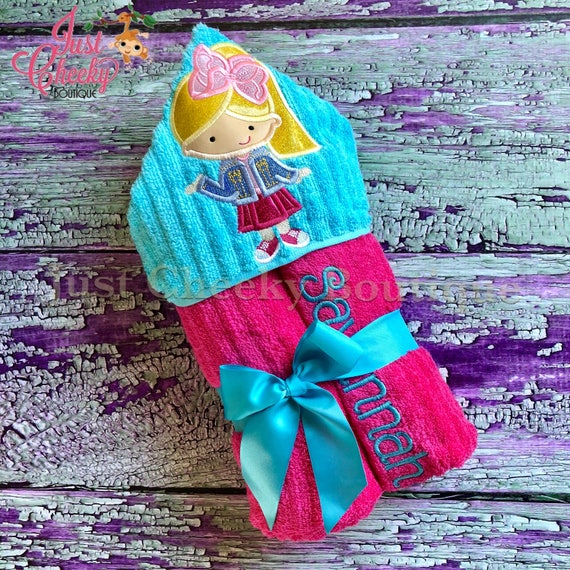 Big Bow Cutie Hooded Towel - JoJo Siwa Hooded Towel - Beach Towel - Swim Towel - Hooded Towel Gift - Birthday Present - JoJo Birthday Gift