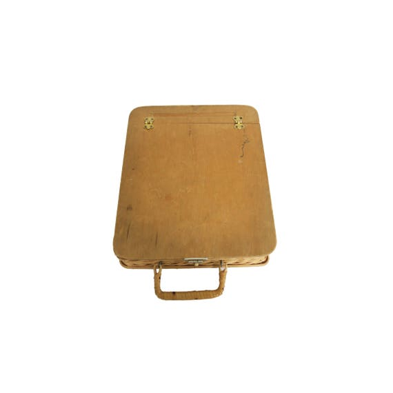 Clipboard With Paper And Pen