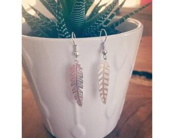 Pretty earrings silver feathers