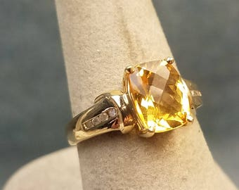 10k Yellow Gold Cushion Cut Citrine & Cz Ring Size 7