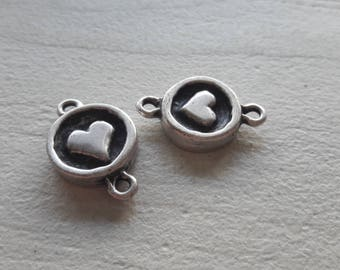 Connector round silver heart motif, set of 2