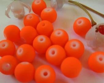 set of 8 round acrylic beads