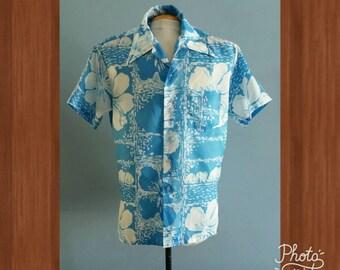 Vintage mens blue Hawaiian by Kamawhanee