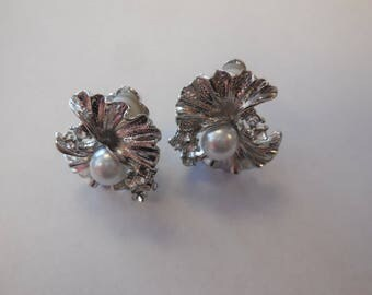 Vintage Clip on Earrings Silver Tone White Pearl Rhinestones Bridal Jewelry Prom Special Occasion Accessories Fashion Wedding Retro