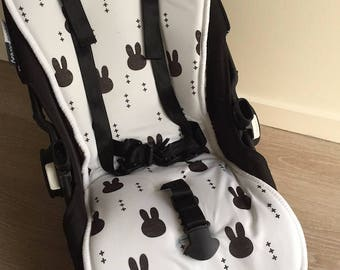 Mono Bunny Multi Fit All Weather Pram Stroller Liner. Reversible with Merino Wool, Memory Foam Core and Summer Print