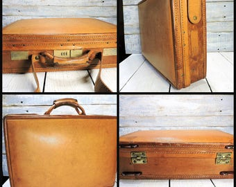 Hartmann Luggage Leather Attache Case Caramel Leather Belting Briefcase Business Accessory
