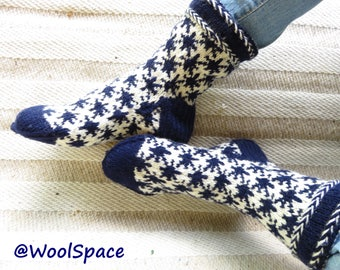 medium socks hand knit wool socks womens wool socks  scandinavian socks gift socks blue white snowflakes europe No29