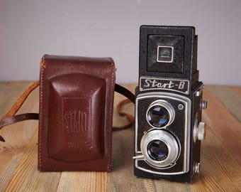 TLR Film Camera START B. 120mm film Camera.Rare camera.With Original Case. Working.