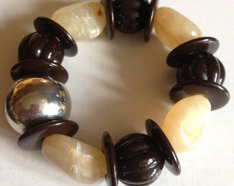 Bracelet  - pretty marbled plastic beaded elasticated bracelet marbled pebble shaped beads