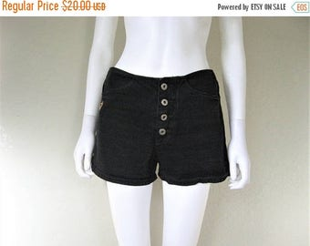 ON SALE Black 90s Buttonfly Shorts