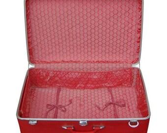 Amelia Earhart Luggage, Pink Suitcase, Vintage Suitcase, Suit Case, Amelia Earhart, Old Suitcase, Card Suitcase, Suitcase, Vintage Luggage