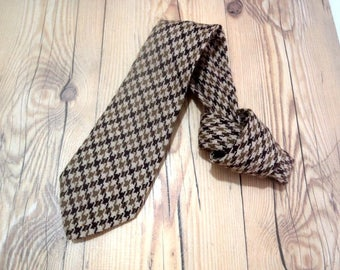 "THE SCOTCH HOUSE Vintage Geometric Men Pure Wool Necktie 54x3.4""Made in Scotland"