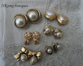 Vintage pearl earrings  clip ons