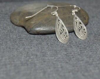 silver filigree teardrop earrings, sterling silver dangle earrings, everyday earrings, silver teardrop earrings, minimal earrings