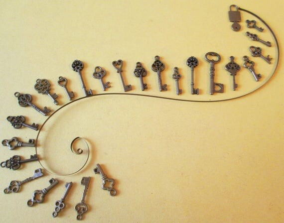 24 New Small Bronze Colored Fancy Keys for your - Steampunk Art - Jewelry Making & Etc.