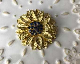 floral clip brooch