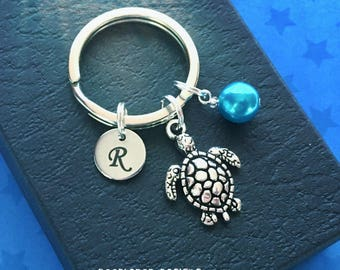 Turtle keyring with pearl - Sea Turtle keychain - Diving gift - Initial keyring - Turtle gift - Stocking filler - Secret Santa - UK seller