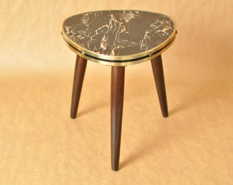 Nierentisch - Mid Century German coffee table with marble patterned top - kidney shaped tripod table - boomerang table - 1950s - triangle