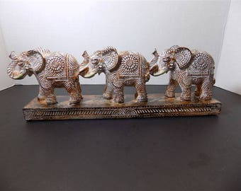 NEW Good Luck Elephants Figurines Home Decor Animal Collector Gift Oriental Asia