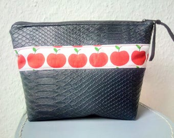 Cosmetic bag, apples