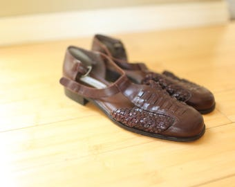 vintage woven brown leather t strap sandals womens 10
