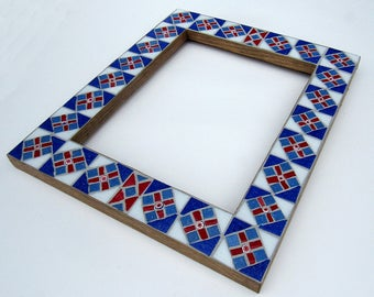 Red White and Blue Mosaic Frame w/mirror-mosaic art-mosaic picture frame-hanging picture frame-frame with mirror-home decor-mosaic mirror