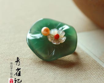Agate lotus leaf brooch pins,breastpin,elegant,gift for women,gift for her
