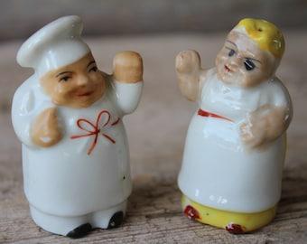 Mid Century Black Americana Mammy & Chef Fighting Ceramic Salt and Pepper Shakers