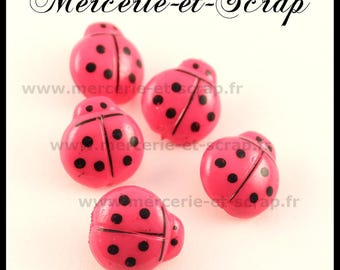 LOT 6 buttons in hot pink Ladybug 17mm